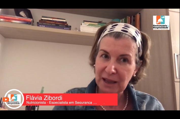 A consultora do SinHoRes, Flávia Zibordi, fala sobre a importância do uso das máscaras
