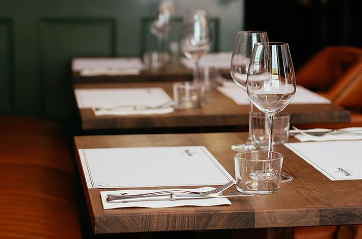 Como organizar as mesas do seu restaurante